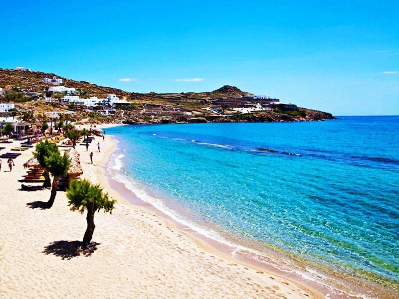 Onde Ficar em Mykonos: Praia Paradise