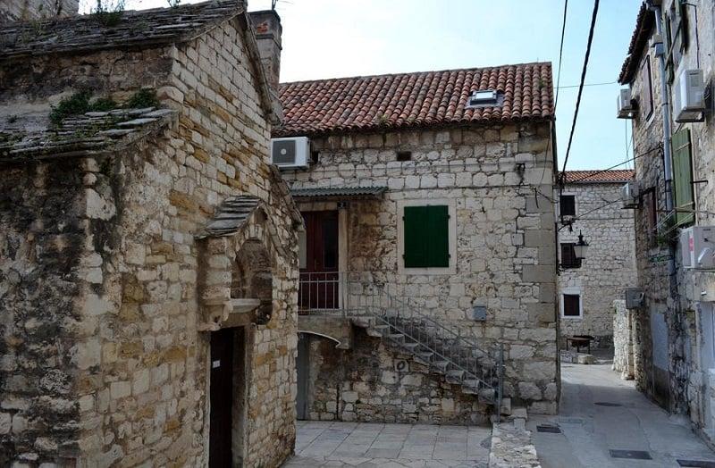 Onde Ficar em Split: Veli Varos