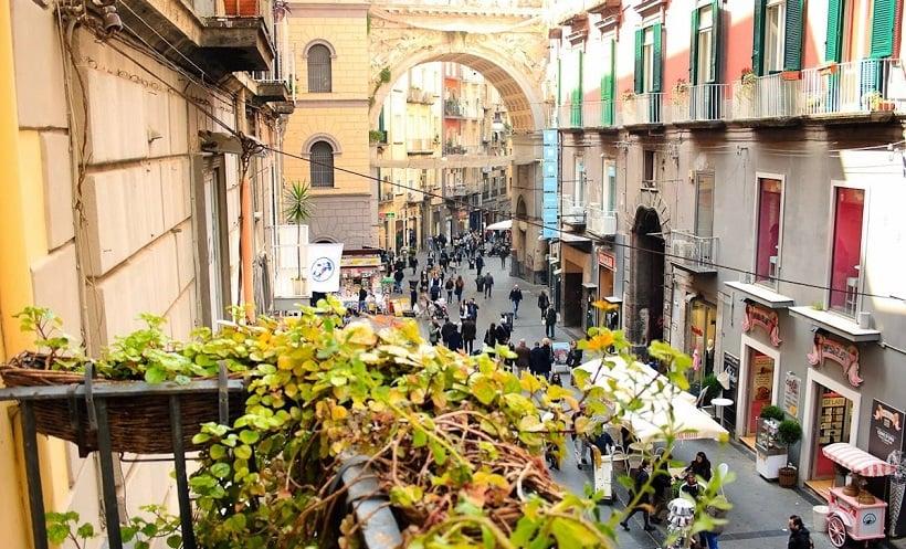 Onde Ficar em Nápoles: Chiaia