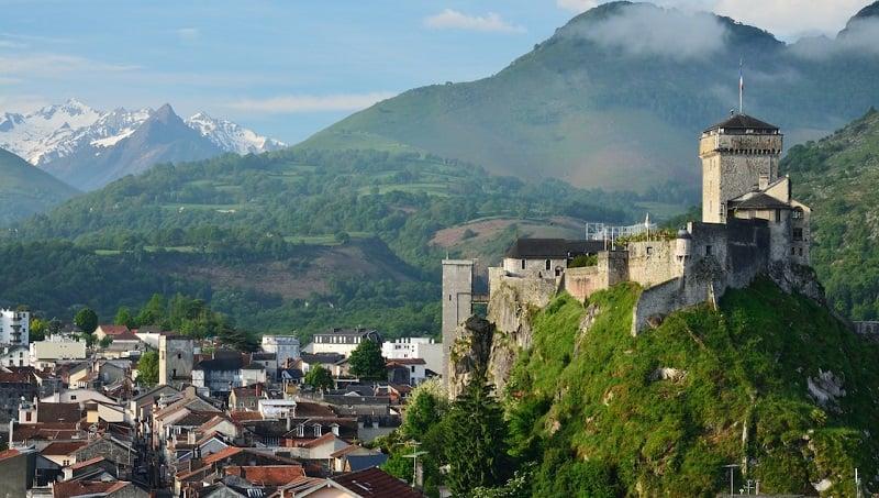 Onde Ficar em Lourdes: Margem Direita do Rio Gave de Pau