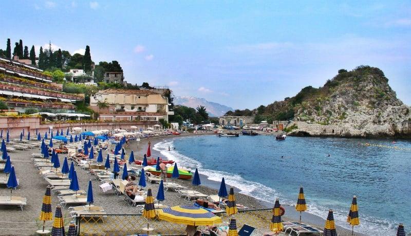 Onde Ficar em Taormina na Itália: Proximidades da praia